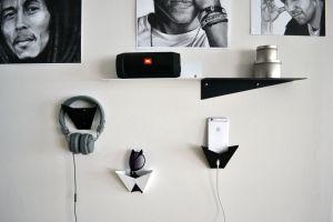 FOLD hylla/krok - wall mounted hooks and shelfs from MÚK