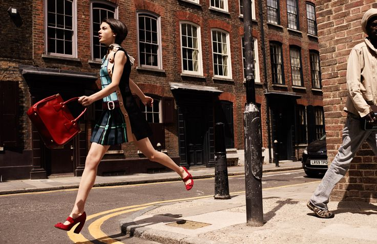 """Leather """"Running Bag"""" by Saffiano, belted dress by Prada, Pearls by Maison Michel / via ELLE France """"Swinging Classics"""" editorial / Photographer: David Burton /   Stylist: Elissa Cannelle #fall #fashion"""