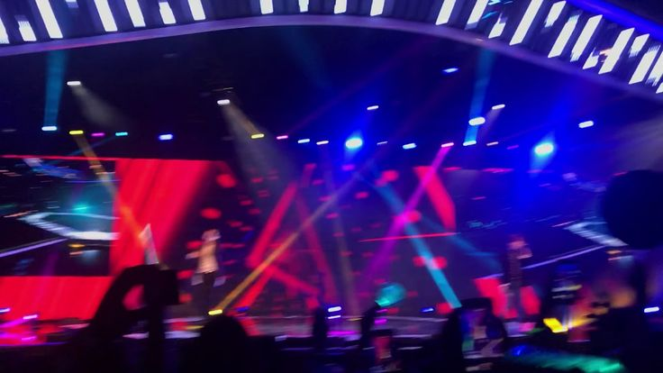 171124 [fancam] Shinee @shilla beauty concert in Singapore