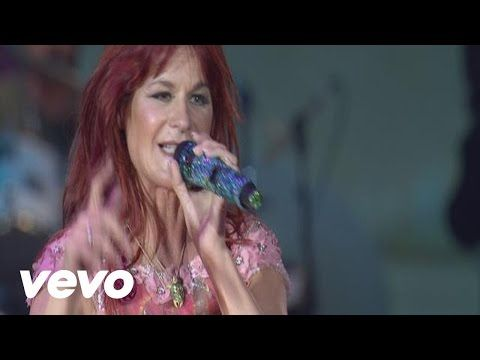 Andrea Berg - Der letzte Tag im Paradies - YouTube