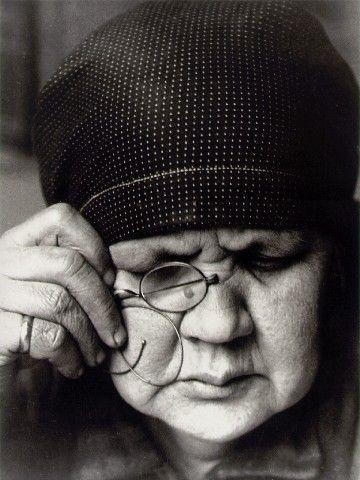 Alexander Rodchenko  Portrait of mother  1924