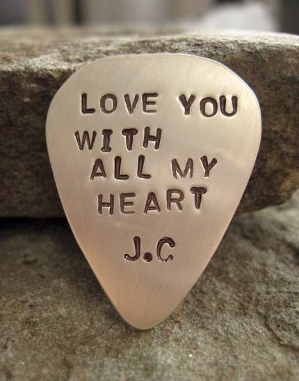 this will be it, if my boyfriend plays the guitar. J.C = joyfully.carolineCustom Guitars, Guitar Picks, Gift Ideas Boyfriends, Boyfriends Gift
