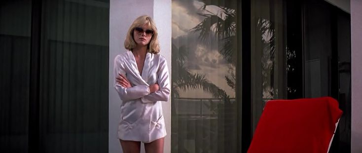 Michelle Pfeiffer in Scarface - those sunnies | Style ...