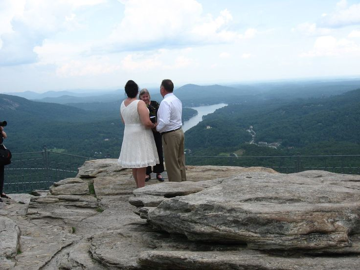 A Louisiana Couple Chose Chimney Rock NC For Their