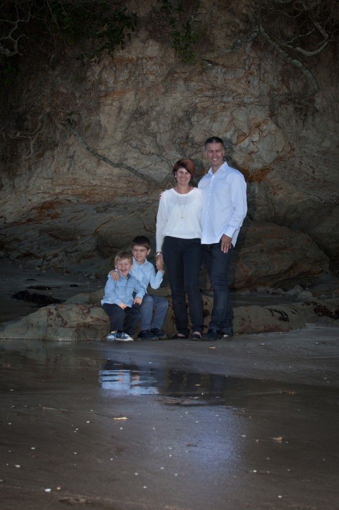 Family portrait at Auckland - One Tree Hill - by Ilan Wittenberg