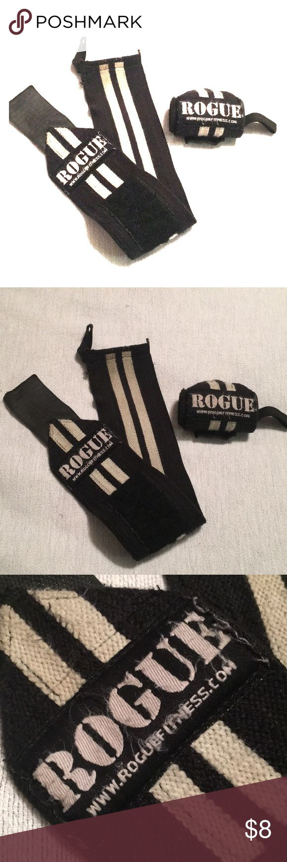 """Rogue Fitness 18"""" Wrist Wrap Lifting Straps BRAND: Rogue Fitness SIZE: 18"""" CONDITION: 5/10 DAMAGE/WEAR: Used COLOR: Black, White  Used but lots of life left. 18"""" Straps Used for powerlifting, crossfit, OLY lifting and gymnastic support. Thumb loops for easy on/off. Heavy duty velcro. Do show piling and fuzz from multiple uses, but have some lifting left in them. Smoke & pet free. Rogue Fitness Accessories"""