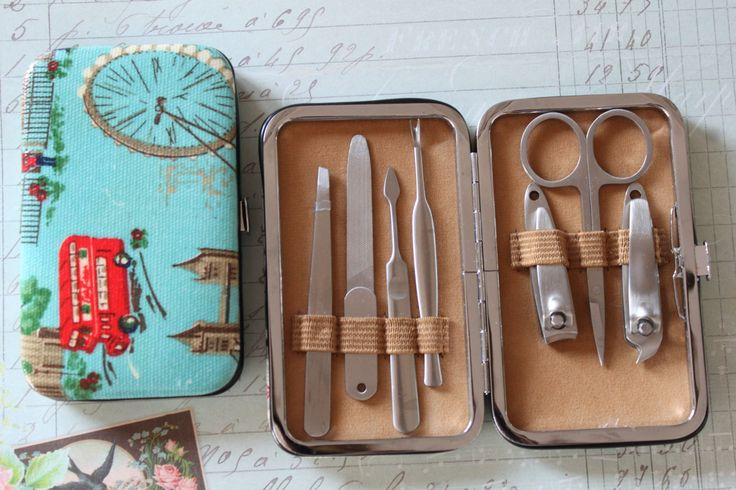 awesome Oilcloth manicure set