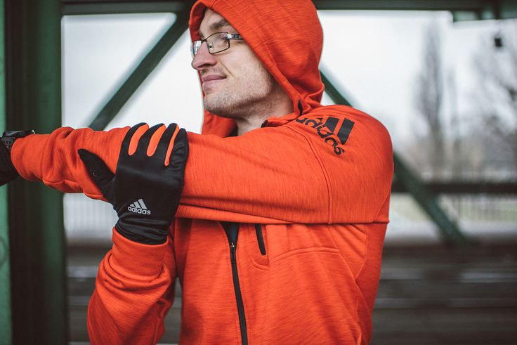 Bluza Adidas Climaheat Hoody Rękawiczki Adidas Running Climawarm Gloves  #sports #wear #lookbook #Adidas #sport #running #run #runners #runnersworld
