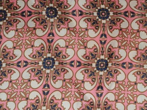 VINTAGE 70S PINK SCARF GEOMETRIC FLOWER PRINT