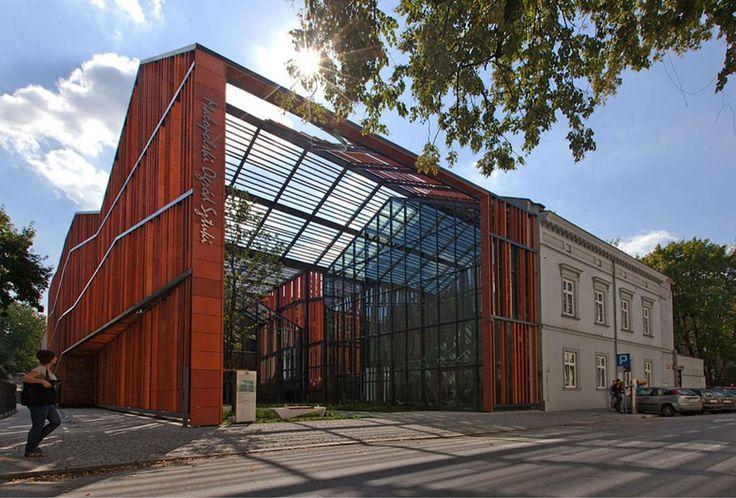 Ingarden & Ewý: Malopolska Garden of Arts