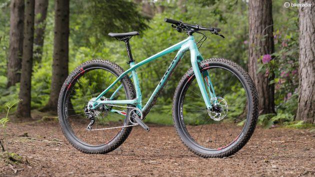 Best Mountain Bikes Under 2 000 Best Mountain Bikes Trek