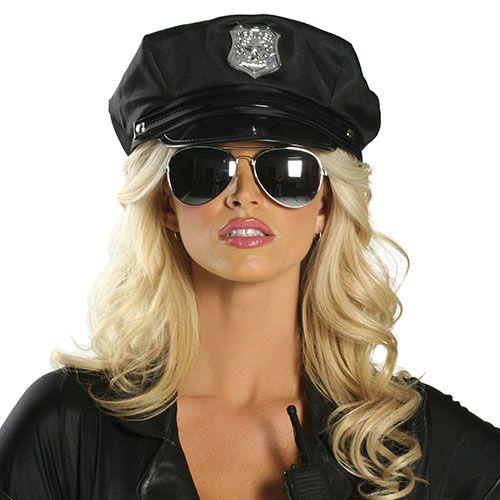 czapka, która idealnie będzie pasować do stroju seksownych policjantek