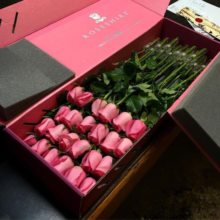 Last Reminder- Blush boxes are down to 5 in each size. Can you say, Au Revoir? #Roseshire #Roses