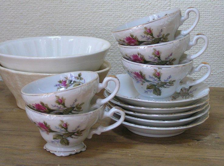oude kop en schotel | old cup and saucer