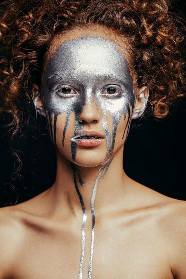 Metallic Face by Aldona Karczmarczyk & MUA Patrycja Dobrzeniecka silver makeup