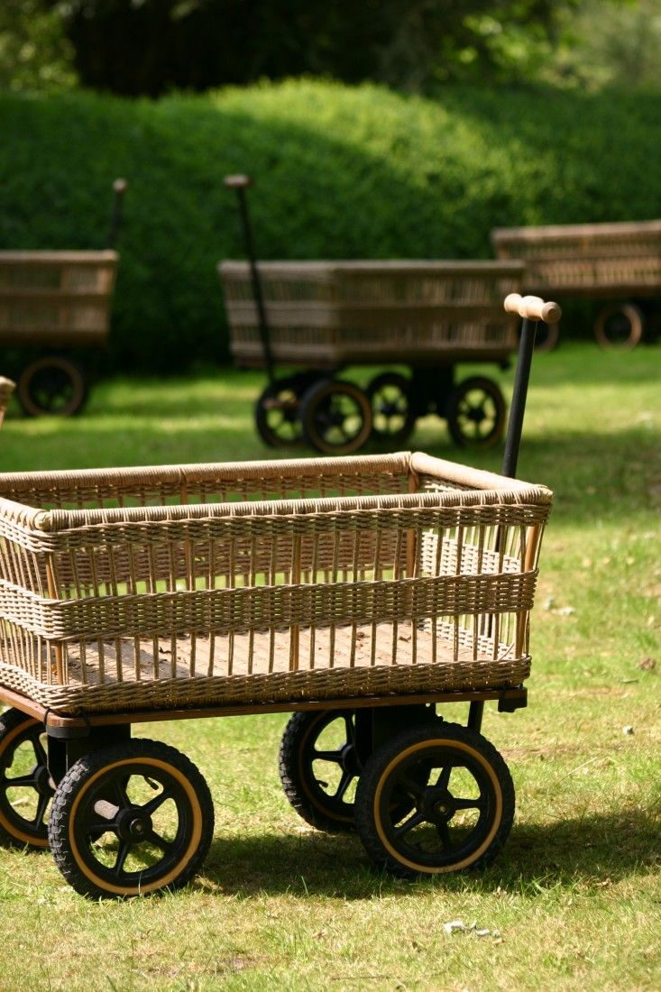 10 Easy Pieces: Garden Carts and Wagons