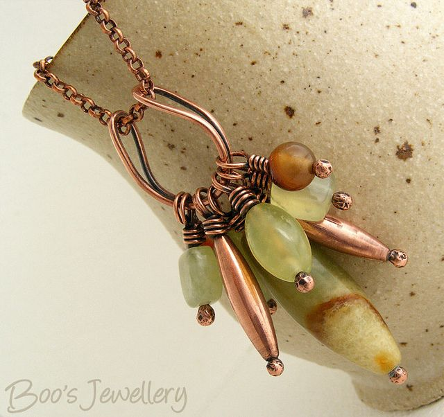 Antiqued copper horseshoe bail bead cluster necklace - 23741f by Boo's Jewellery, via Flickr - hmmm