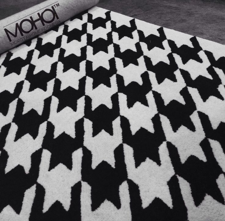 Houndstooth rug by MOHOI