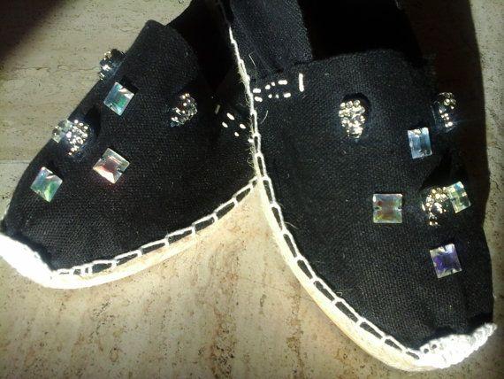 Espadrilles noires strass tête de mort par SLIPPERSHINE sur Etsy