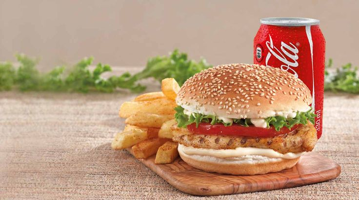 #Coimbatore people!! Tickle your tastebuds with this special #ChickenBurger combo from #MarryBrown. Click here and grab the offer:http://www.tobocdeals.com/restaurants/cafes/coimbatore-deal-marrybrown-1506.aspx