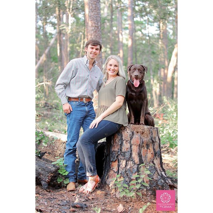 Engagement session with your pet/dog