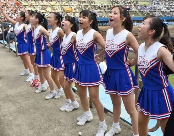 【朗報】慶應のチアガール (※画像あり) : ラビット速報