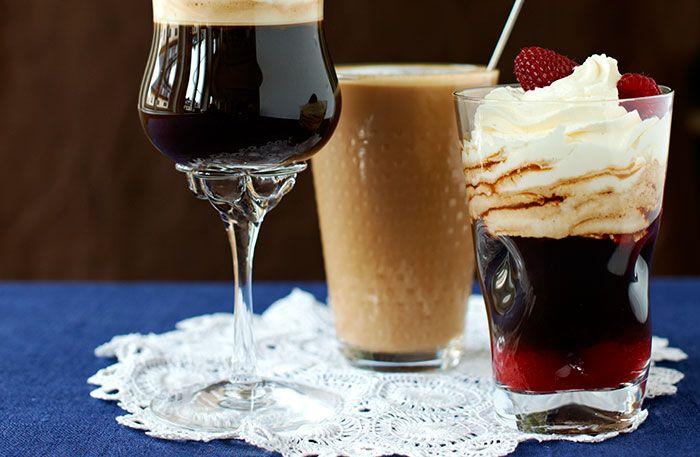 Recept på fransk kaffedrink. Den heta kaffedrinken för tankarna till Frankrike där kaffe och konjak ofta serveras efter maten.