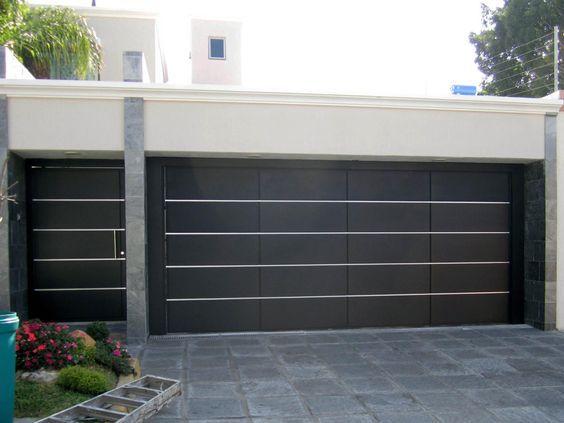 Resultado de imagen para fachadas de casas modernas con - Puertas para garage ...