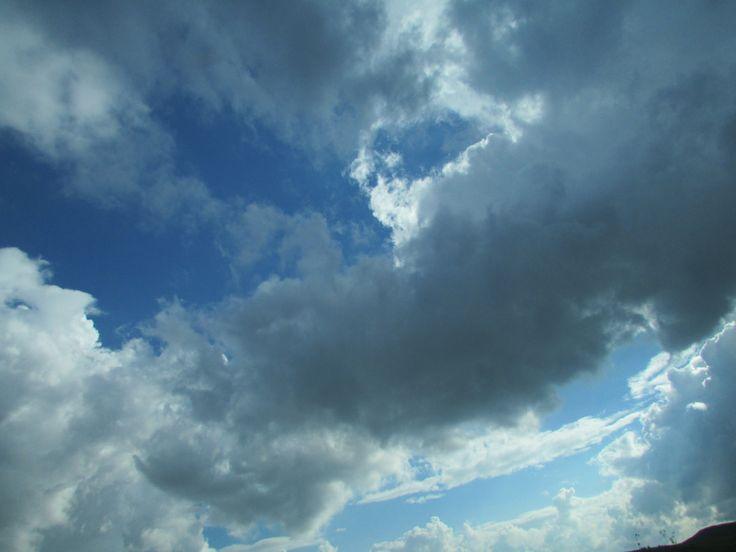 İst-Antalya arası yolculukta bulutların şovu,görülmesi gereken manzaraydı.