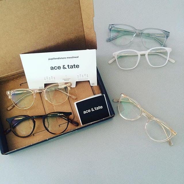 ene mene... home try-on von #aceandtate ist echt super, aber ich kann mich kaum entscheiden - da sind so viele schöne brillen dabei und mit dem #pupillendistanzmesslineal (was für eine wortschöpfung :)) echt easy #aceandtatehometryon #diequalderwahl #newglasses #enemene #superservice #brille #nasenfahrrad #morris #wilson #craig