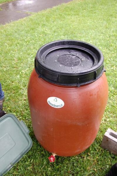 Collecteur d'eau de pluie artisanale