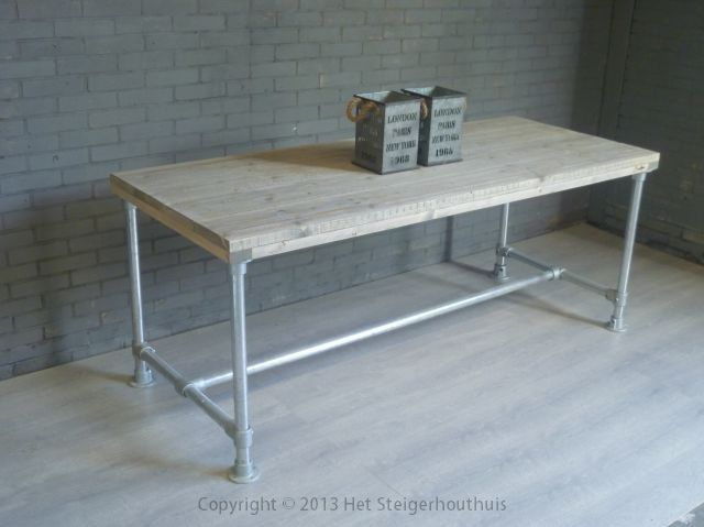 Steigerhout/steigerbuis tafel op maat gemaakt door www.hetsteigerhouthuis.nl