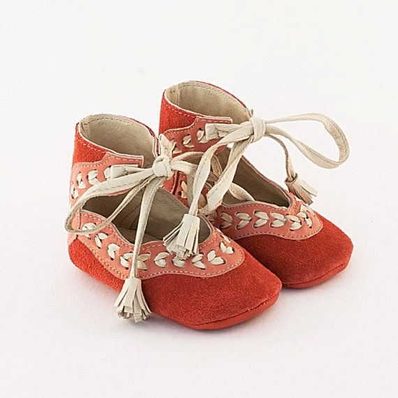 handmade baby shoes from Etsy