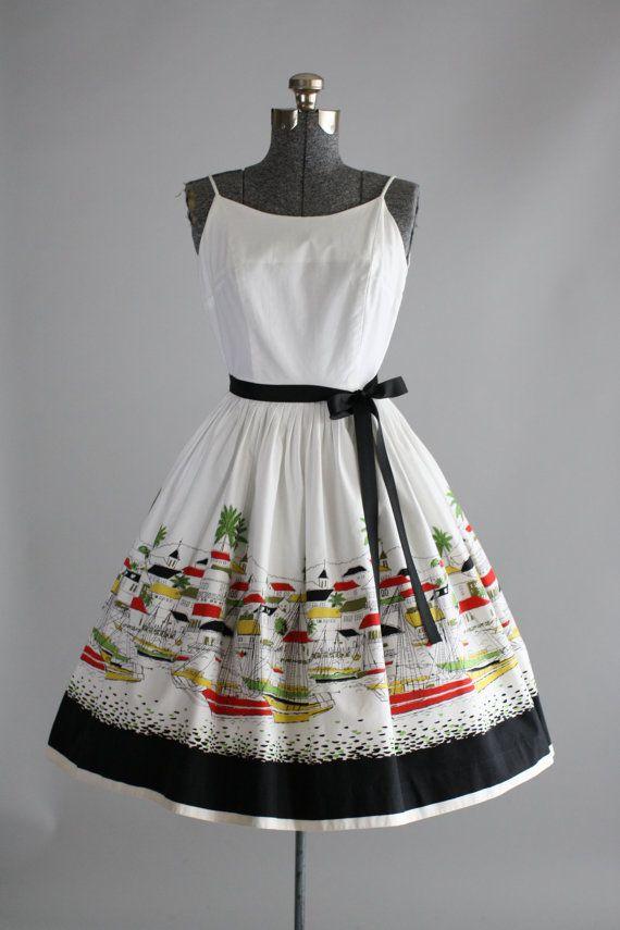 25% Off Storewide Vintage 1950s Dress / 50s by TuesdayRoseVintage