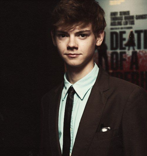 Thomas Sangster looking fineeee. Also can I just say that his hair in accused was too much for me to handle