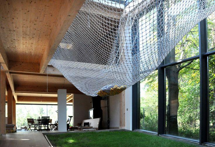 Casa Passiva nella foresta. Architettura sostenibile immersa nella natura | LegnoOnWeb