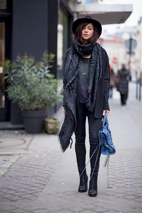 Blogger Style | Les Abioles de Zoe: black boyfriendblazer x printed scarf x hat x skinny jeans x blue balenciaga classic city bag #falloutfit #fallstyle