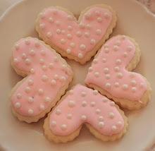 Fancy Iced Cookies the easy wayValentine Cookies, Polka Dots, Sugar Cookies, Baking Cookies, Heart Cookies, Pink Heart, Ice Cookies, Fancy Cookies, Iced Cookies