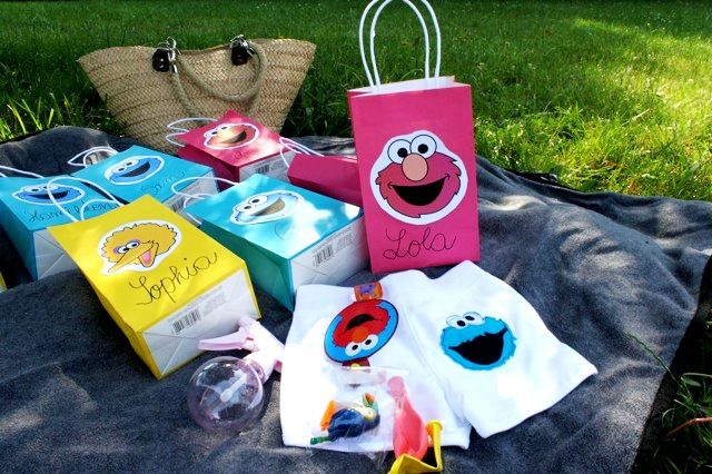 Bird's Party Blog: Lolo's Street: A Sesame Street Inspired Party in Central Park!!