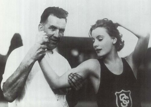 Greta Garbo with the USC track-and-field team, 1926