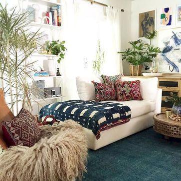 70 simple minimalist bohemian bedroom design on a budget (47)