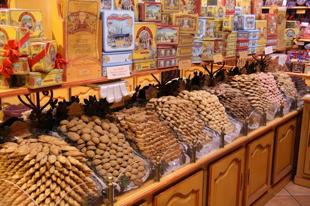 Souvenirs from France: Traditional biscuits and sweets ...