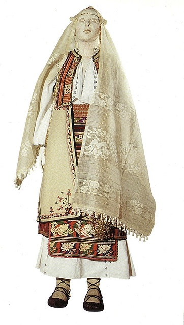 Traditional Romanian Folk Costume from Romanati, Oltenia.