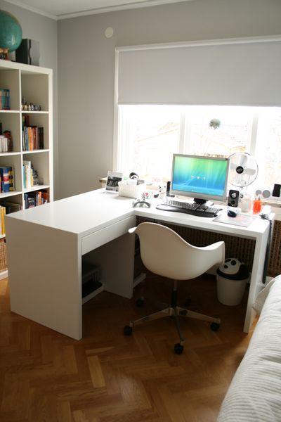 Escritorio en l con almacenamiento abajo para impresora for Muebles escritorio para casa