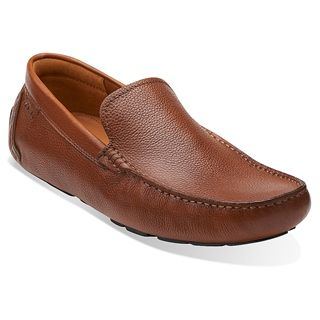 Put your style on cruise control with the Clarks Davont Drive loafer. This men's slip-on has a supple leather upper for a polished look. A rubber driver sole keeps your grip when the pedal hits the metal.