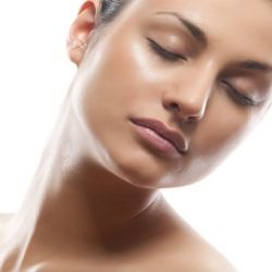 Home Remedies For Oily Face - Natural Treatments & Cure For Oily Face | GilsCosmo.com - Shopping made easy!