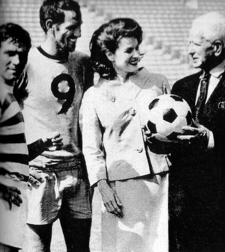 Maureen with Lucas Gearóid The Shamrock Rovers 1967