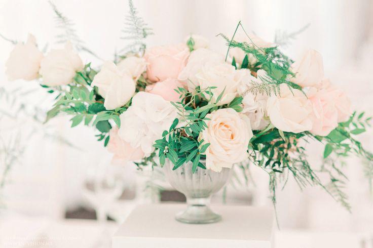 Вдохновляющая свадьба с морем цветов. Сева и Аня - Свадебные фотографы Анна Козионова и Артем Козионов