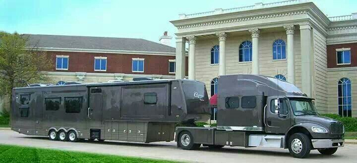 This would be my dream cross country camping rig if it just had a KENWORTH hooked up to it.