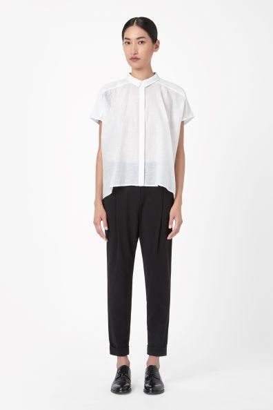 Wide-cut shirt:  http://thefashion.com/dk/shop/1962736-cos-wide-cut-shirt